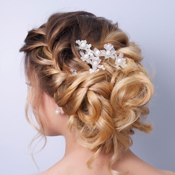 bride-hair-back